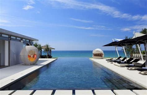 Sava Beach Villas, Phuket, Thailand Weddings // Thailand