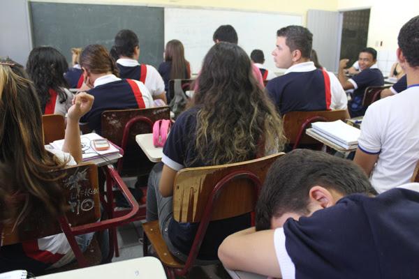 Vestibulandos da Escola Sebastião Fernandes estão desestimulados
