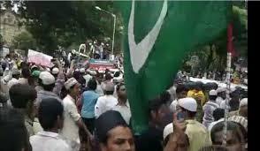 मुज़फ्फरनगर के दंगे का सच और आजम खान ----------------------!