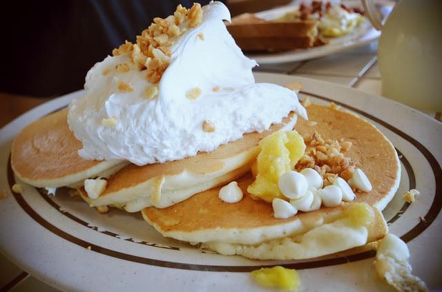 White chocolate mac nut banana pancakes