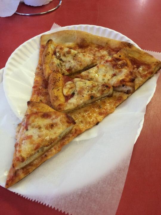 Пицца с пиццей