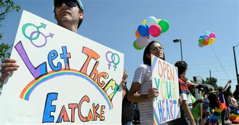 Cake Maker Who Refused Gay Couple Claims Artistic Freedom