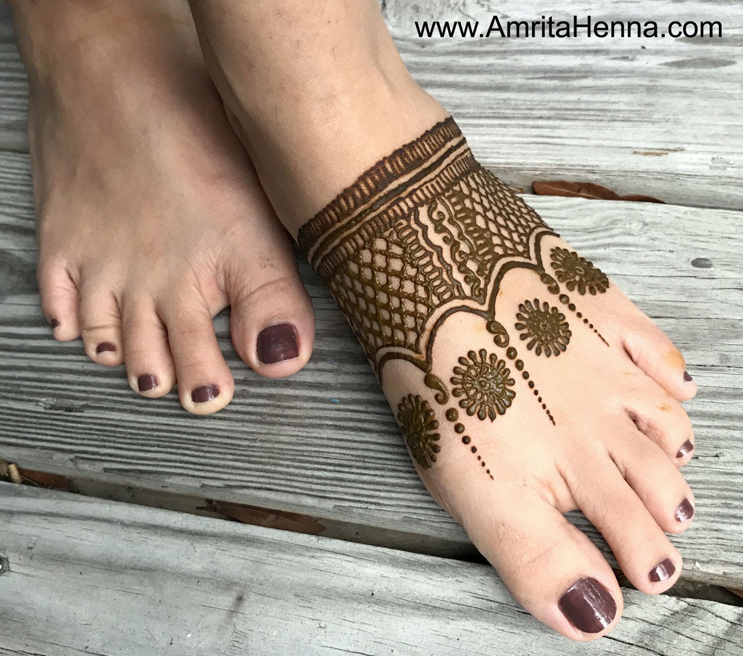 Top 5 Easy And Quick Feet Henna Designs For Beginners Henna Tattoo