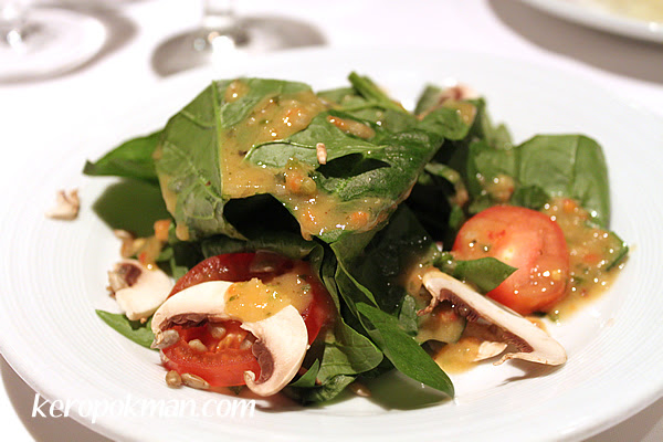 Spinach Salad (Vegetarian)