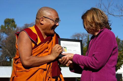 Venerable Geshe Phelgye sharing