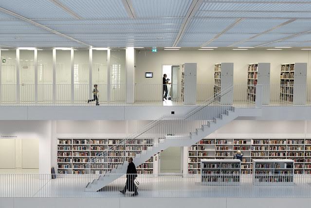 Stadtbibliothek am Mailänder Platz, Stuttgart