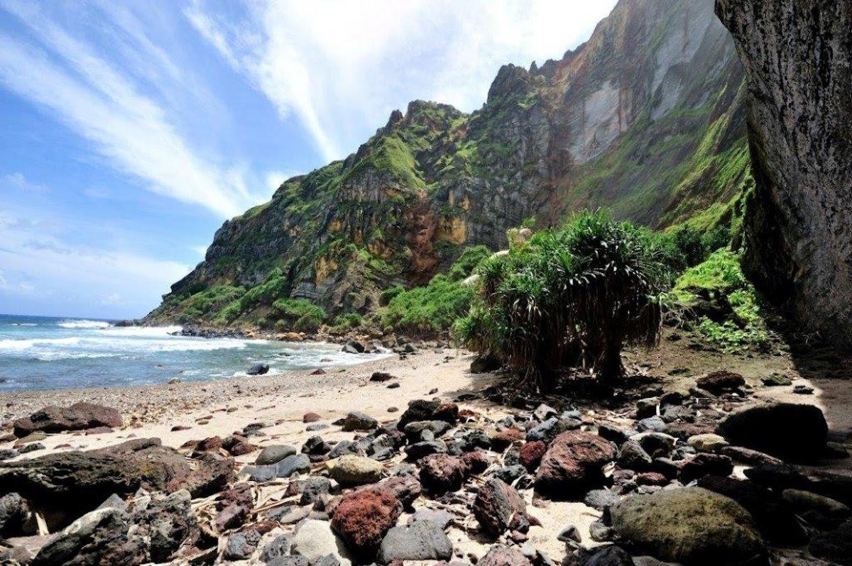 Como é viver em uma pequena ilha britânica no meio do Pacífico 07