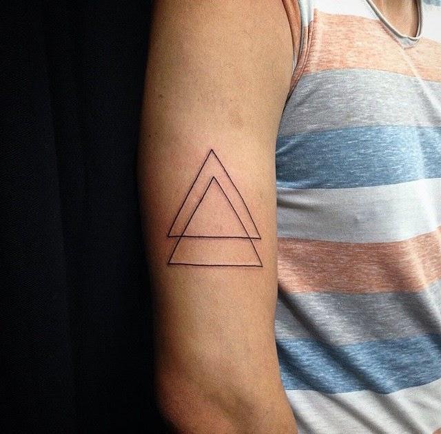 Dreieck tattoos bedeutung