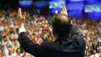 Rajoy, ovacionat després del seu discurs de comiat com a president del PP (EFE)