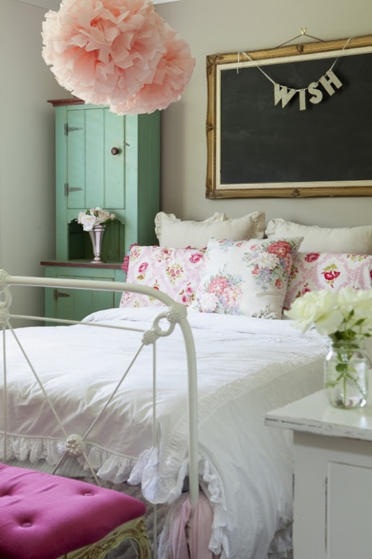 10 Simple And Fresh Design Ideas For Teen Girl's Bedroom ...