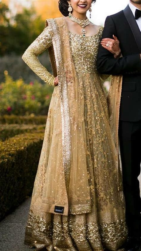 25  best ideas about Indian Engagement Outfit on Pinterest