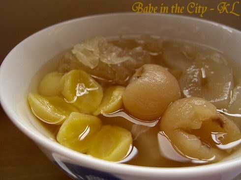 sea coconut, gingko nut, longan and white fungus sweet soup