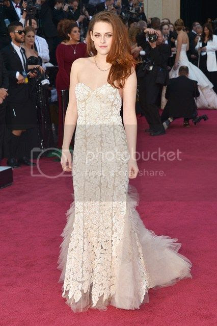 Oscars 2013 Red Carpet photo oscars-2013-kristen-stewart_zps1e42933e.jpg