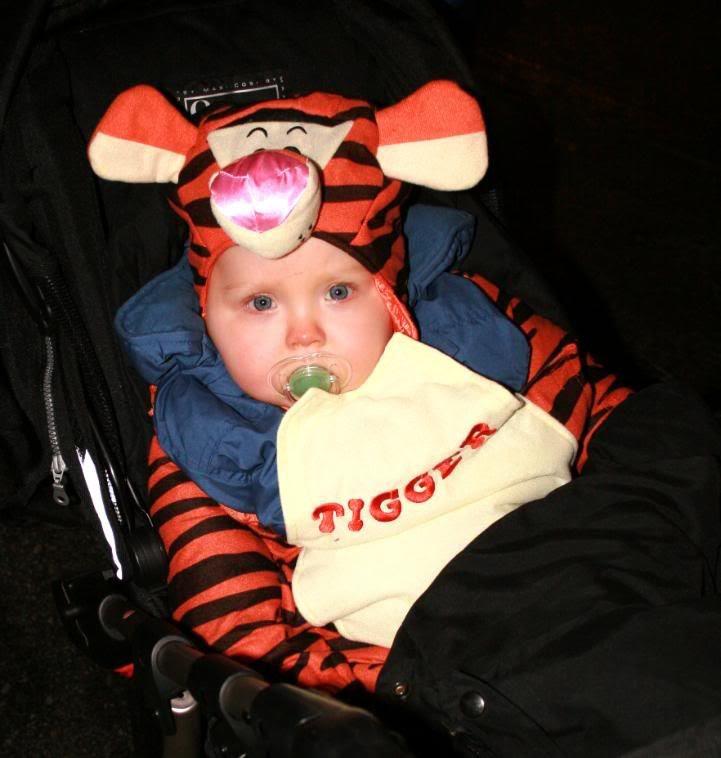 Kevin er en trøtt liten tigergutt i Barnekjippen