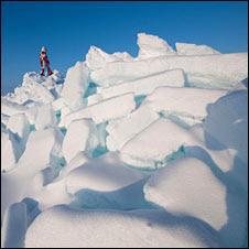 Ann Daniels crossing ice (Martin Hartley)