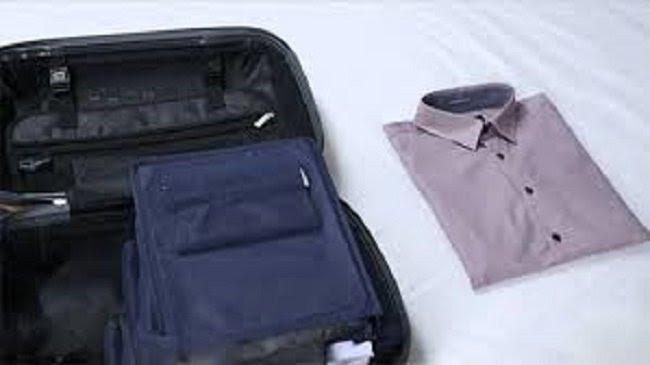 рубашка в чемодане