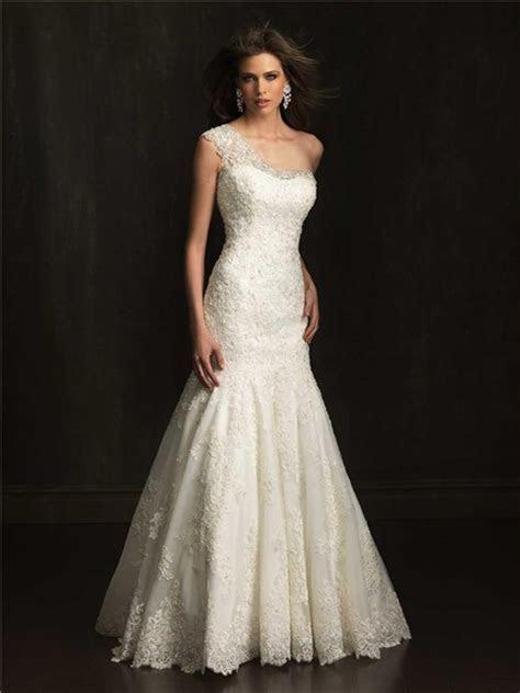 Elegant Fitted Mermaid One Shoulder Lace Beaded Wedding