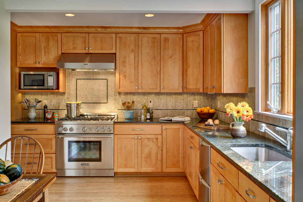 Kitchen Paint Colors with Maple Cabinets - Decor ...