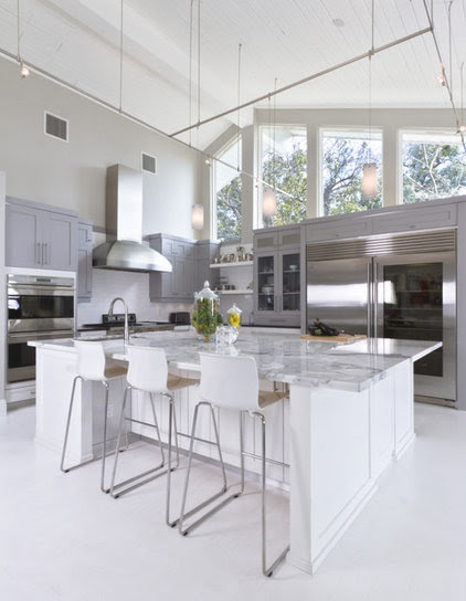 The 4 Things Home Buyers Really Want in Kitchen Cabinetry