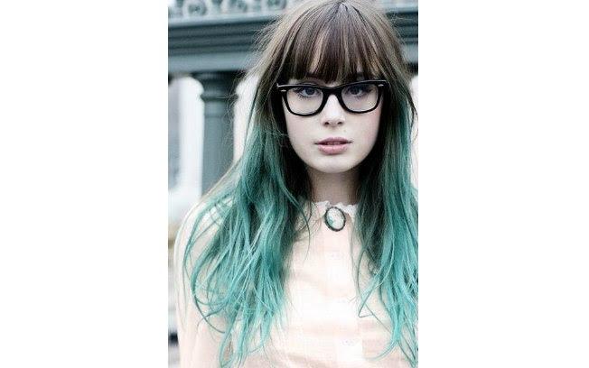 Se quiser deixar a maior parte do cabelo pintado, esta é uma opção