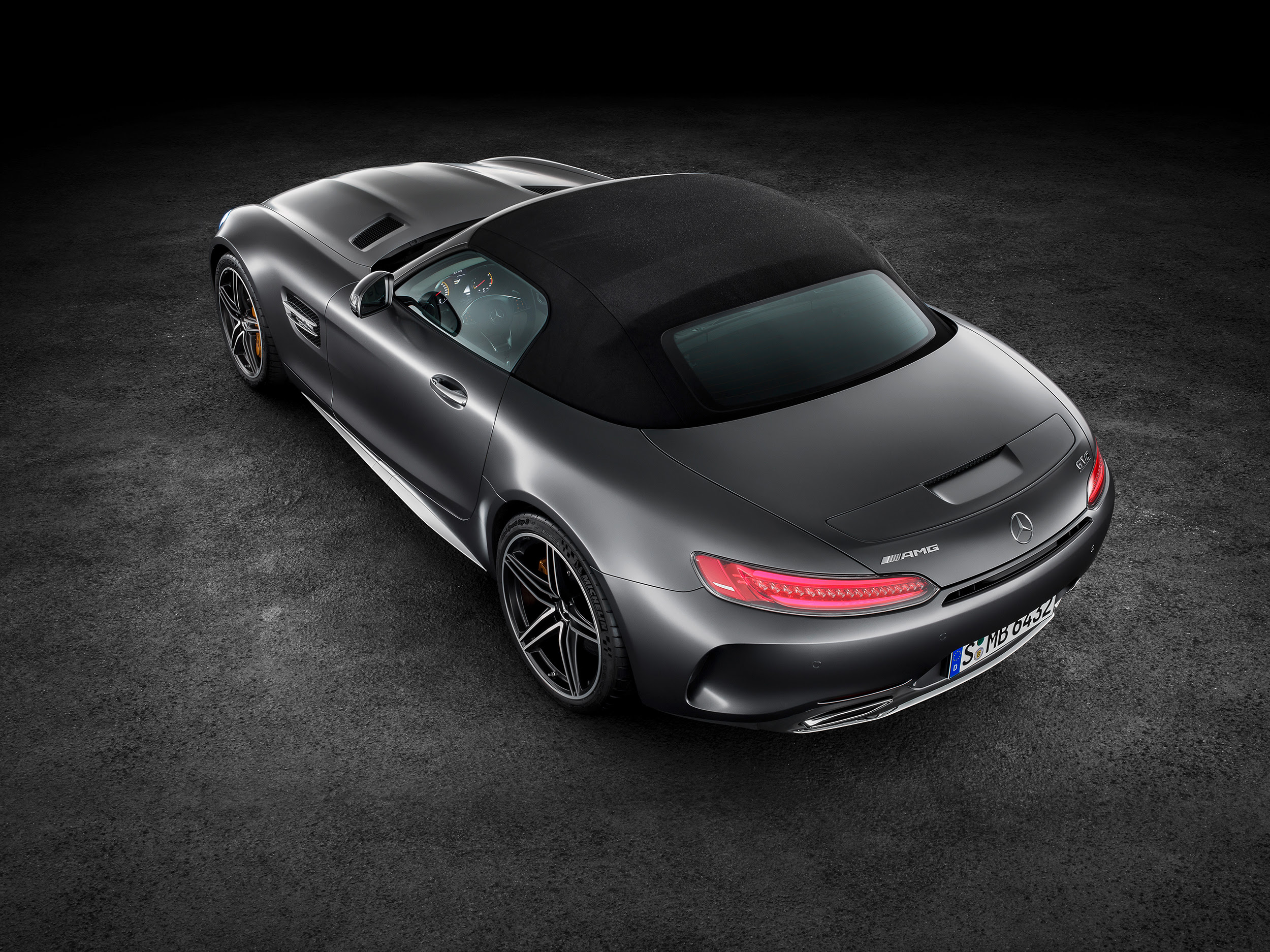 Mercedes-AMG GT C Roadster : 2018 | Cartype