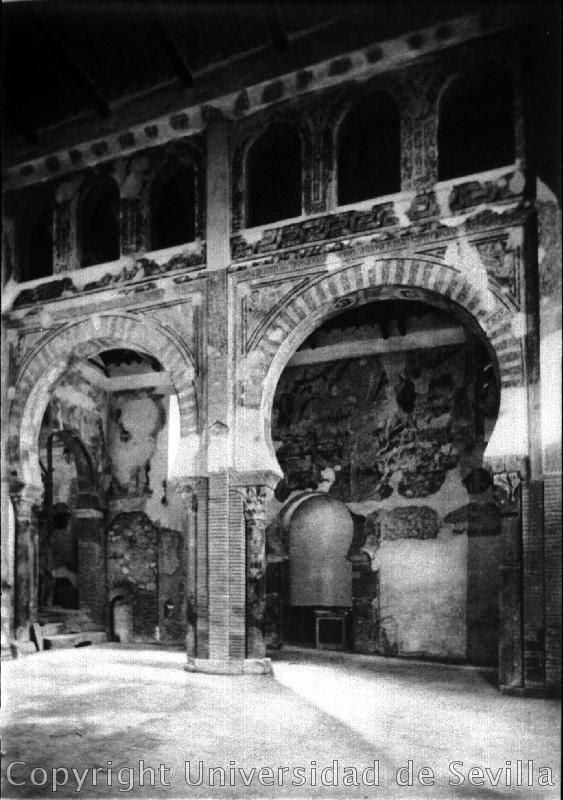 Iglesia de San Román a principios del siglo XX. Fototeca de la Universidad de Sevilla.