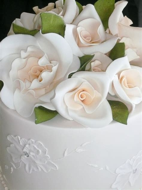 wedding cake toppers: Fresh Flower Wedding Cake Toppers