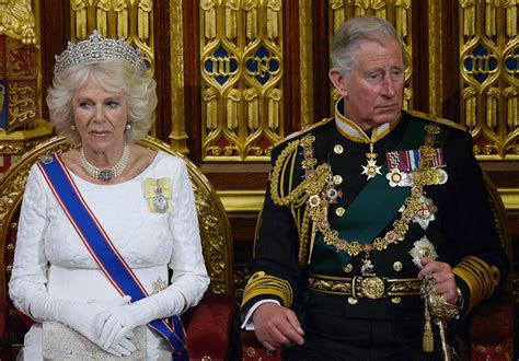 prince charles  camilla  divorced queen