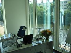 neuer Schreibtisch