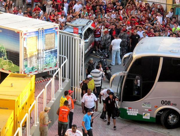 ronaldinho gaúcho flamengo chegada ceará (Foto: Janir Júnior / Globoesporte.com)