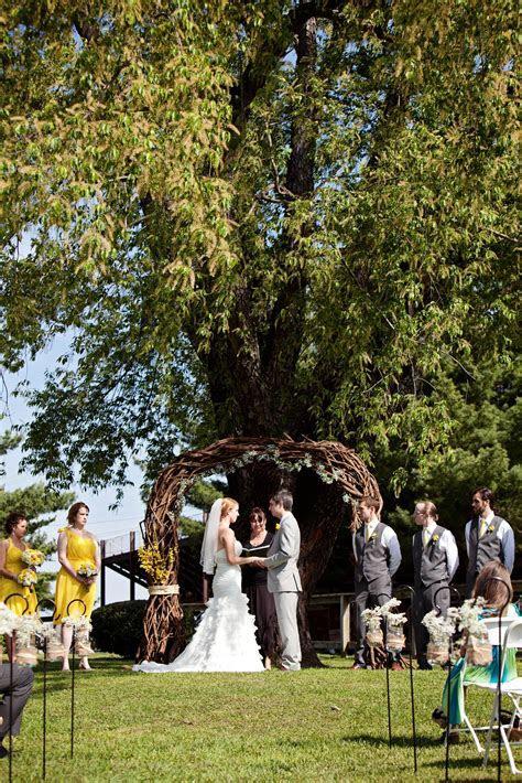 DIY Barn Wedding In Maryland At The Tea Barn  Rustic