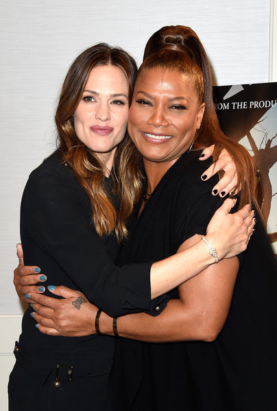 Queen Latifah Photos Photos Sony Pictures Miracles From Heaven