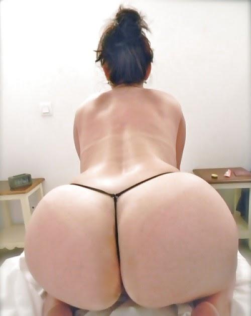 bolshie-popki-v-stringah-foto-porno