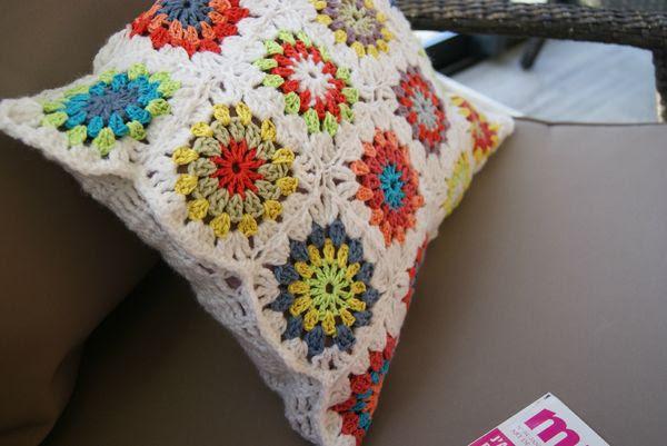 coussin crocheté 2013 008