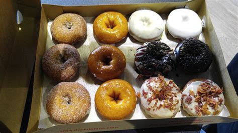 Made to order donuts!   Review of Duck Donuts, Cary, NC