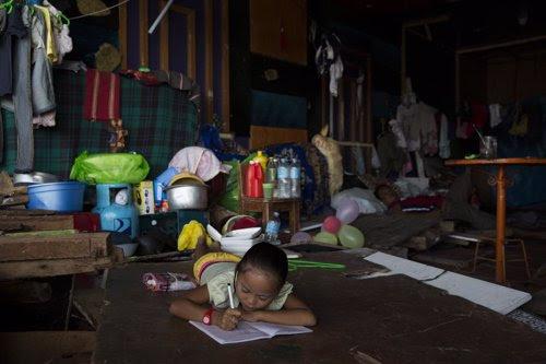 Niño en Filipinas