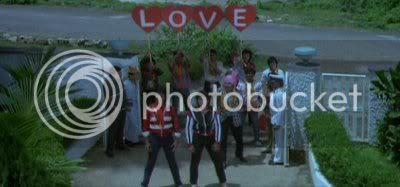 http://i347.photobucket.com/albums/p464/blogspot_images1/Love%2086/PDVD_041.jpg
