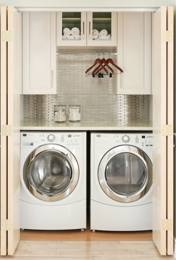 20 Laundry Room Design with Small Space Solutions 20-small-laundry ...