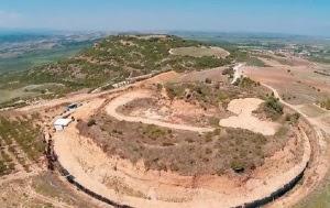 Ολοκληρώθηκαν οι εργασίες άμεσης προστασίας και αποκατάστασης του αναγλύφου της περιοχής στον Λόφο-Τύμβο Καστά στην Αμφίπολη