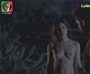Luisa Arraes nua no filme Reza a lenda
