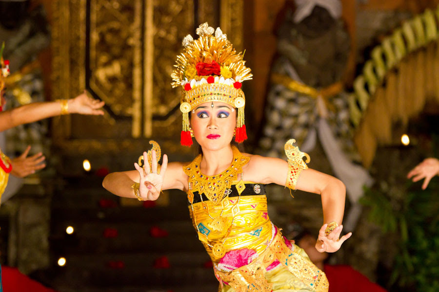 When does enthusiasm for Indonesian culture veer into appropriation?  The Seattle Globalist