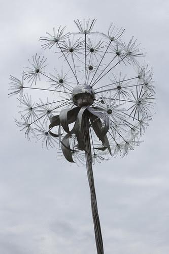 Glass Dandelion by bahayla