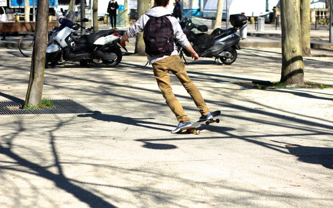photo 5-bordeaux-printemps-place-quinconces-skate_zpsef3dd82e.jpg