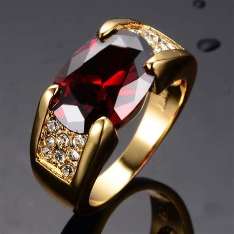 Noble Red Ruby Engagement Rings Men's Women's Yellow Gold