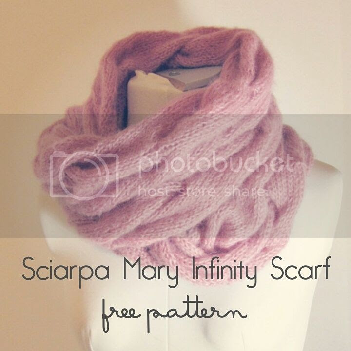 Mary infinity scarf schema gratuito - free knitting pattern