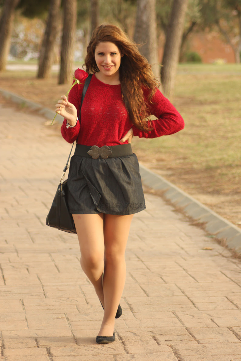 HeelsandRoses-jersey-burgundy-con-falda-vaquera-(1)