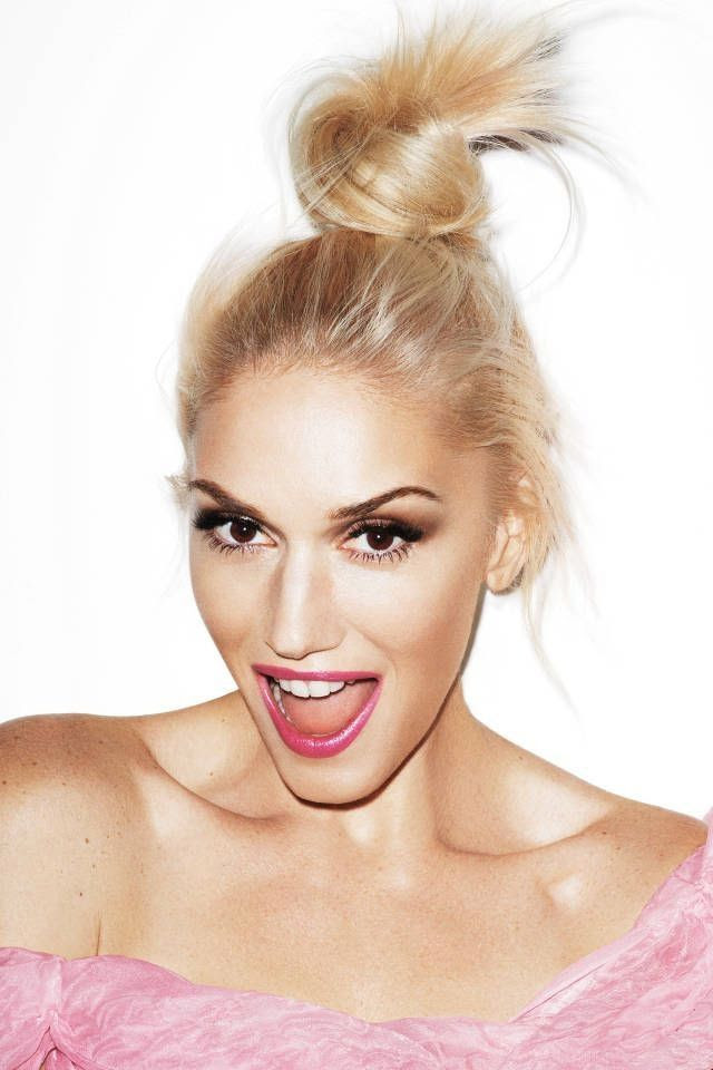 Le Fashion Blog Happy New Years Gwen Stefani Pink Lipstick Bun Top Knot Pink Dress Celebrity Style Harpers Bazaar photo Le-Fashion-Blog-Happy-New-Years-Gwen-Stefani-Pink-Lipstick-Bun-Top-Knot-Pink-Dress-Celebrity-Style-Harpers-Bazaar.jpg