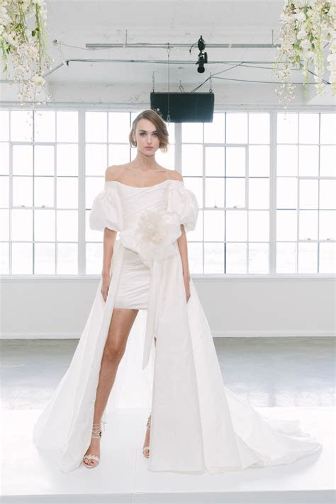 The 11 Best Wedding Looks for Fall 2018   Fashionista