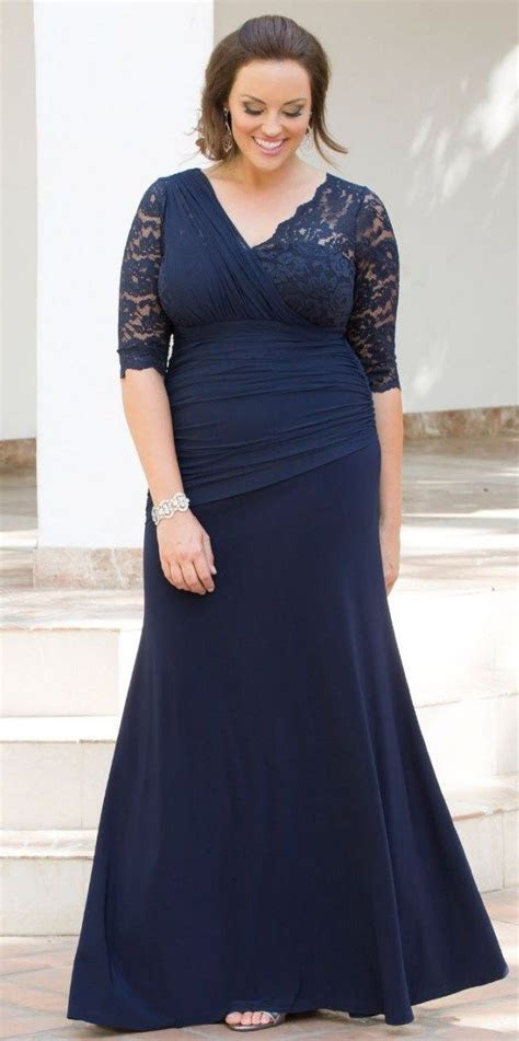 24 Plus Size Long Wedding Guest Dresses {with Sleeves