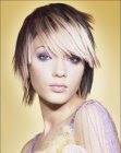 semi-short hairstyle image